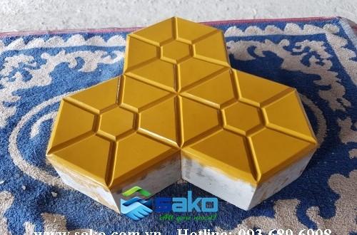 Gạch 3 lá phong - 6cm, Màu Vàng