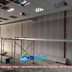 PANEL AAC đã lắp dựng, đang đóng trần.